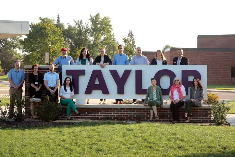 Students from LCC With Taylor Faculty and Staff