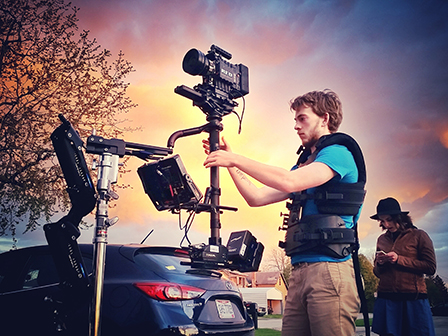 The RED camera is mounted on the Steadicam® Shadow. The sunset was not retouched!